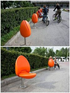 tulips chair 1