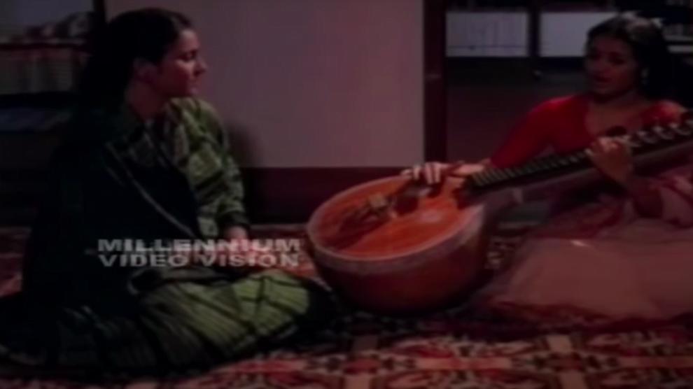 Aa Ratri Manju Poyi Lyrics