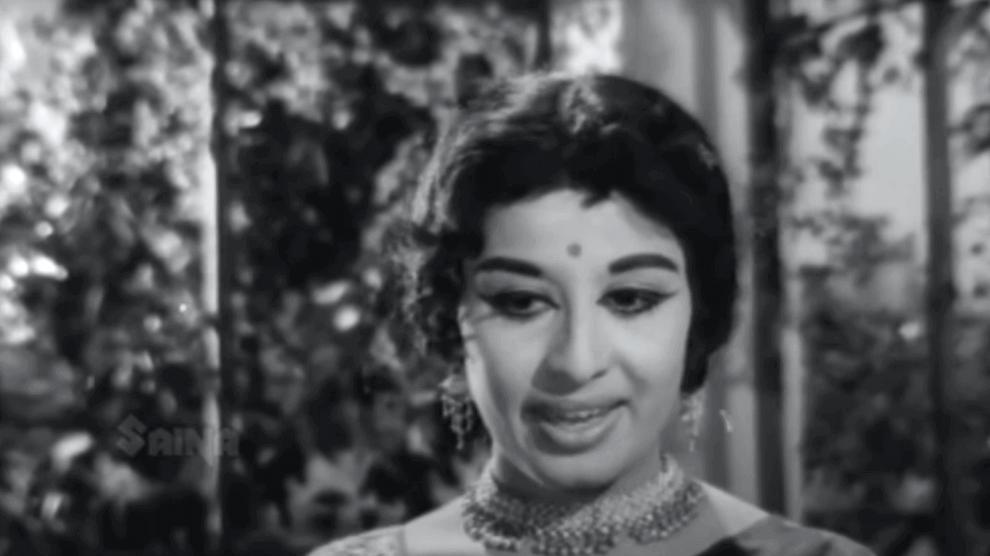 Chandrikayil Aliyunnu Lyrics